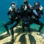 Come parlare sott'acqua: l'alfabeto dei sub